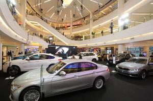 BMW 242
